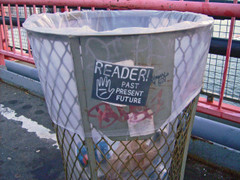 Trashcan_reader_3